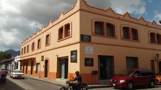 museo-lilia-mingajos
